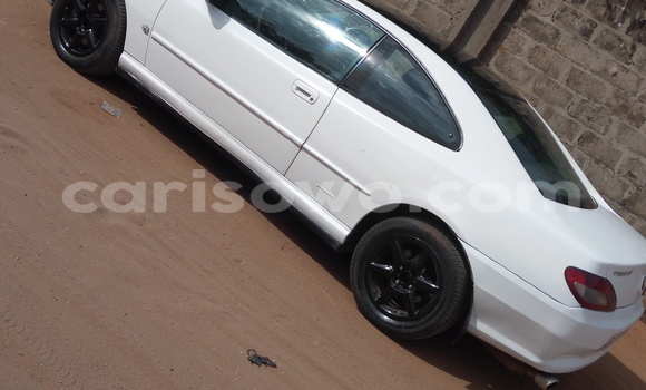 Acheter Occasions Voiture Peugeot 406 Blanc à Abomey Calavi au Benin