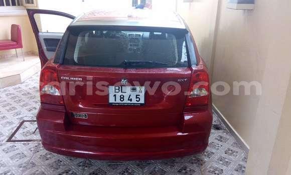 Acheter Occasion Voiture Dodge Caliber Rouge à Cotonou au Benin