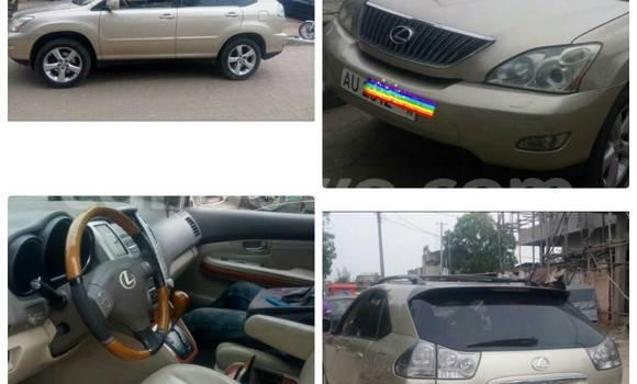 Acheter Occasion Voiture Lexus RX 330 Beige à Cotonou au Benin