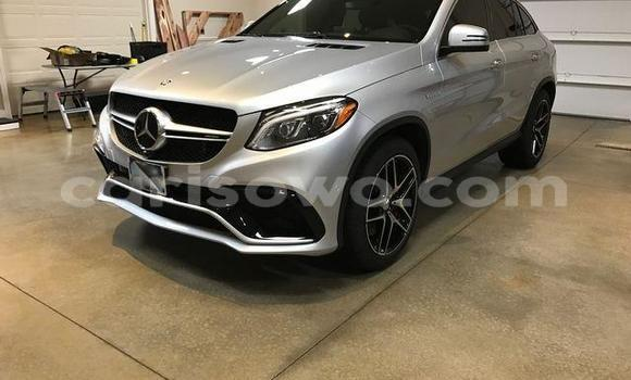 Medium with watermark amg