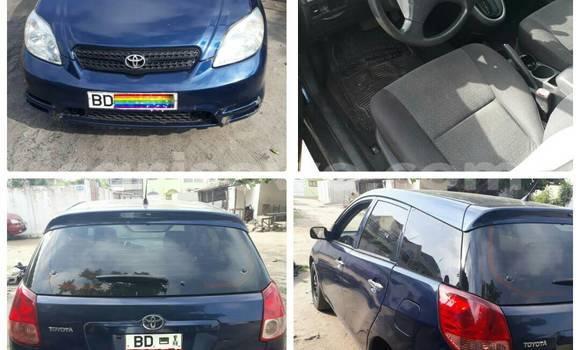 Acheter Occasion Voiture Toyota Matrix Bleu à Cotonou au Benin
