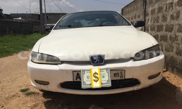 Acheter Occasions Voiture Peugeot 406 Blanc à Cotonou au Benin