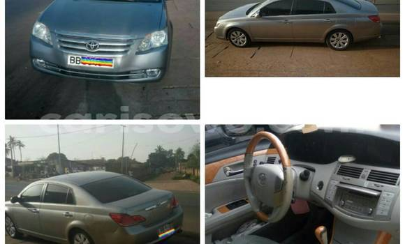 Acheter Occasion Voiture Toyota Avalon Gris à Cotonou au Benin