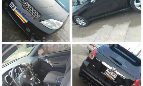 Acheter Occasion Voiture Toyota Matrix Noir à Cotonou au Benin