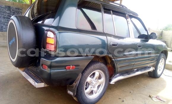 Acheter Occasion Voiture Toyota RAV4 Vert à Parakou au Benin