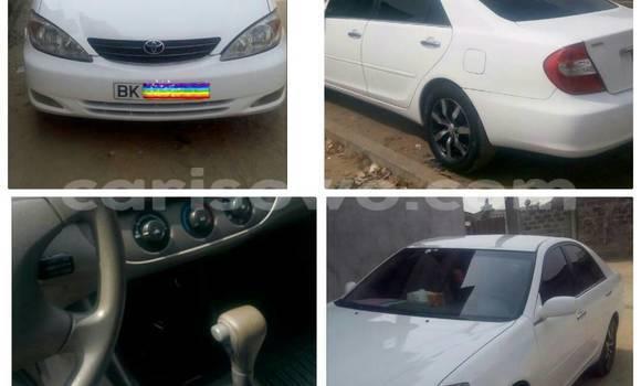Acheter Neuf Voiture Toyota Camry Blanc à Cotonou au Benin