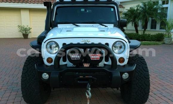 Acheter Occasion Voiture Jeep Grand Cherokee Blanc à Cotonou au Benin