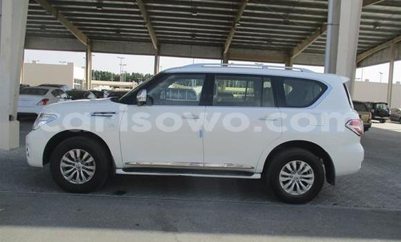 Acheter Occasions Voiture Nissan Patrol Blanc à Cotonou, Benin