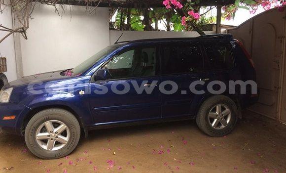 Acheter Occasion Voiture Nissan X–Trail Bleu à Cotonou, Benin