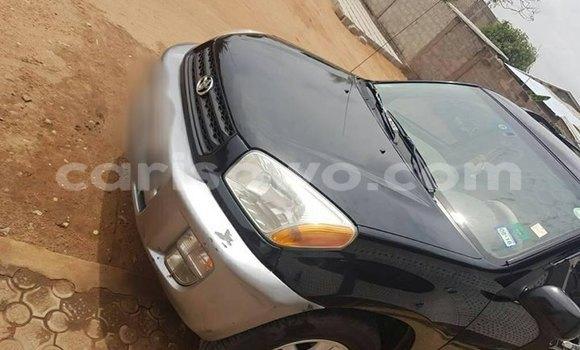 Acheter Occasion Voiture Toyota RAV4 Noir à Cotonou au Benin