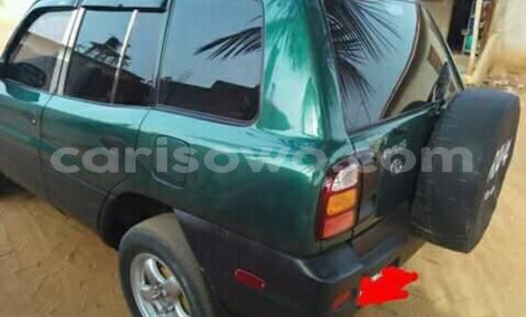 Acheter Occasion Voiture Toyota RAV4 Vert à Cotonou au Benin
