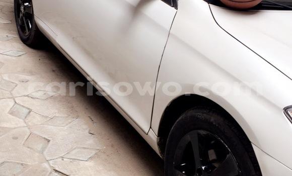 Acheter Occasion Voiture Toyota Solara Blanc à Cotonou au Benin