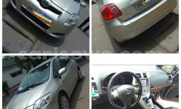 Acheter Occasion Voiture Toyota Auris Gris à Cotonou au Benin