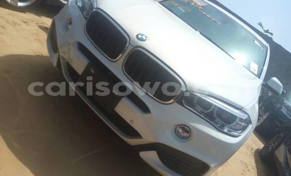 Acheter Occasion Voiture BMW X6 Blanc à Cotonou au Benin