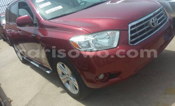 Acheter Occasions Voiture Toyota Highlander Rouge à Cotonou au Benin