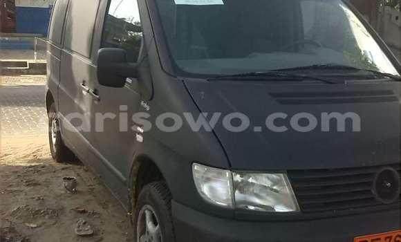 Acheter Occasion Voiture Mercedes‒Benz 190 Vert à Cotonou au Benin