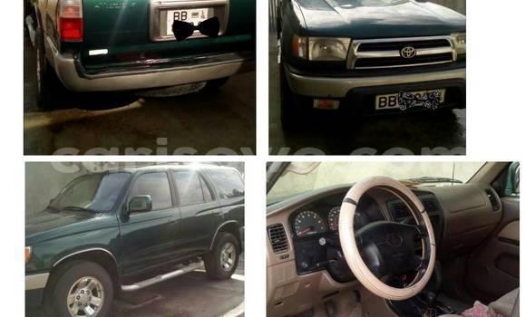 Acheter Occasion Voiture Toyota 4Runner Vert à Cotonou au Benin