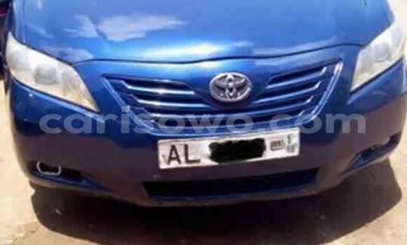 Acheter Occasion Voiture Toyota Camry Bleu à Cotonou au Benin
