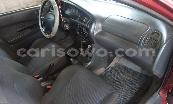 Acheter Occasion Voiture Mazda 323 Rouge à Abomey Calavi au Benin