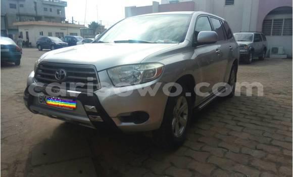 Acheter Occasions Voiture Toyota Highlander Gris à Cotonou au Benin