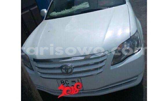 Acheter Occasions Voiture Toyota Avalon Blanc à Cotonou au Benin