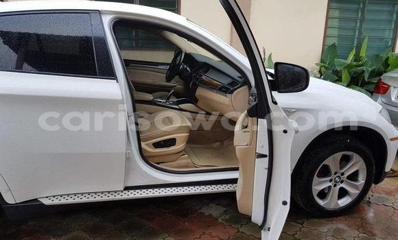 Acheter Occasions Voiture BMW X6 Blanc à Cotonou au Benin
