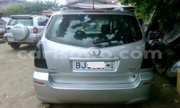 Acheter Occasions Voiture Toyota Verso Gris à Abomey Calavi au Benin