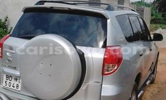Acheter Occasions Voiture Toyota RAV4 Gris à Cotonou au Benin