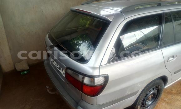 Acheter Occasions Voiture Mazda 626 Gris à Porto Novo au Benin