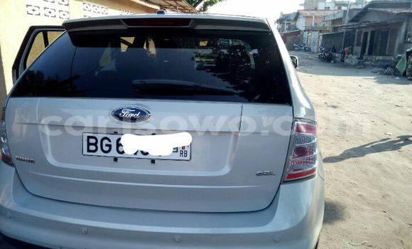 Acheter Occasions Voiture Ford Edge Blanc à Cotonou au Benin
