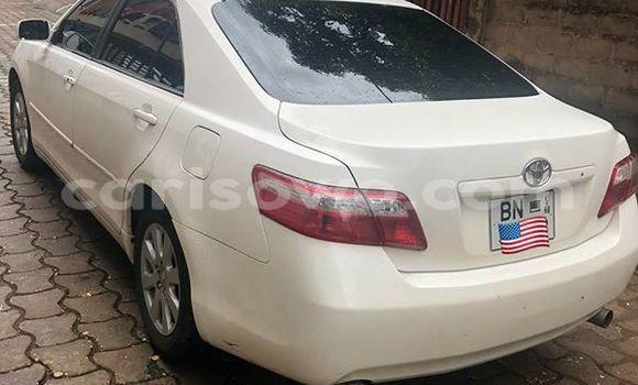 Acheter Occasion Voiture Toyota Camry Blanc à Abomey Calavi, Benin