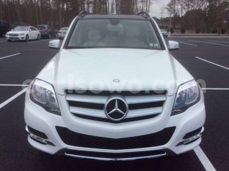 Big with watermark 2015 mercedes benz glk class pic 5198433831209983768 1024x768