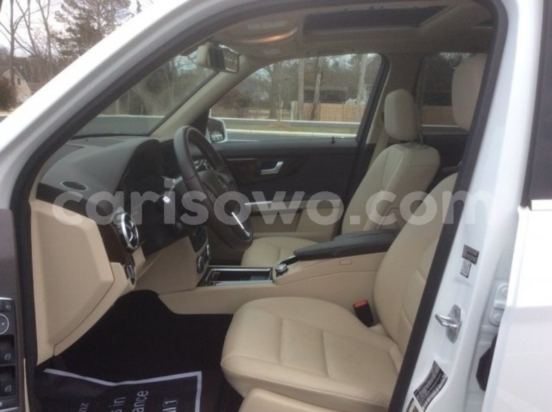 Big with watermark 2015 mercedes benz glk class pic 2090065696118474546 1024x768