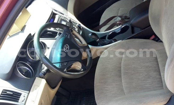 Acheter Occasion Voiture Hyundai Sonata Rouge à Porto Novo, Benin