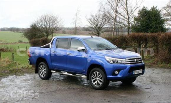 Acheter Occasion Voiture Toyota Hilux Bleu à Comé, Benin