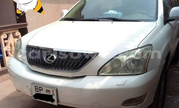 Acheter Occasion Voiture Lexus RX 330 Blanc à Cotonou, Benin