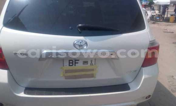 Acheter Occasion Voiture Toyota Highlander Blanc à Cotonou, Benin