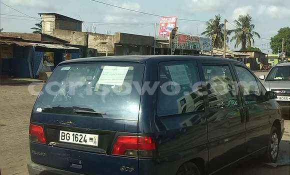 Acheter Occasion Voiture Peugeot 806 Bleu à Cotonou au Benin