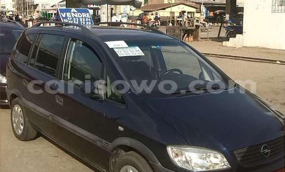 Acheter Occasion Voiture Opel Zafira Bleu à Cotonou au Benin