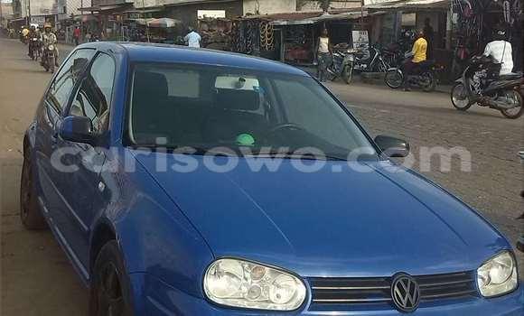 Acheter Occasion Voiture Volkswagen Polo Bleu à Cotonou au Benin