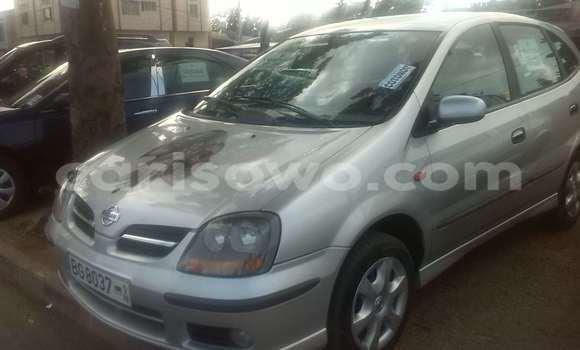 Acheter Occasions Voiture Nissan Almera Vert à Cotonou au Benin
