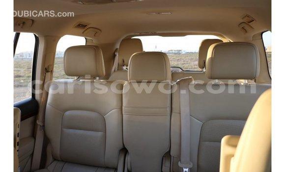 Acheter Importé Voiture Toyota IST Blanc à Import - Dubai, Benin