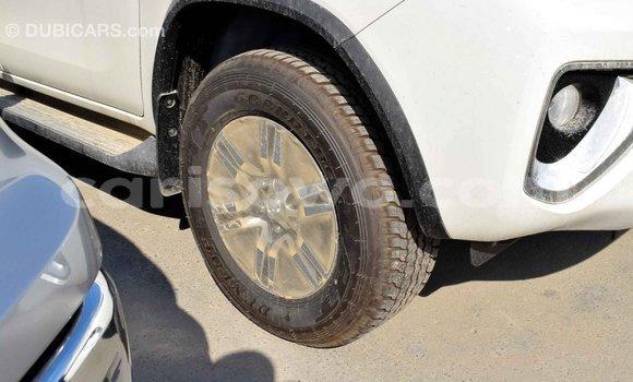 Acheter Importé Voiture Toyota Fortuner Blanc à Import - Dubai, Benin