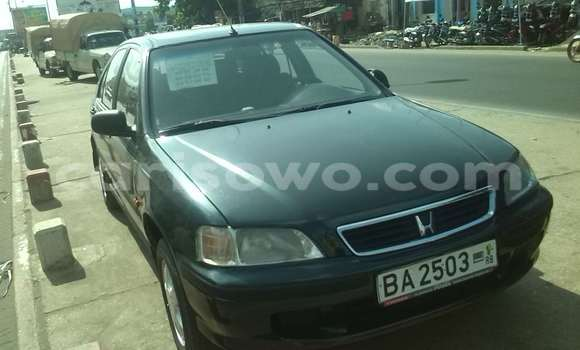 Acheter Occasion Voiture Honda Civic Vert à Cotonou, Benin