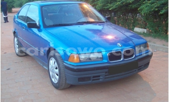 Acheter Occasion Voiture BMW 5–Series Bleu à Cotonou, Benin