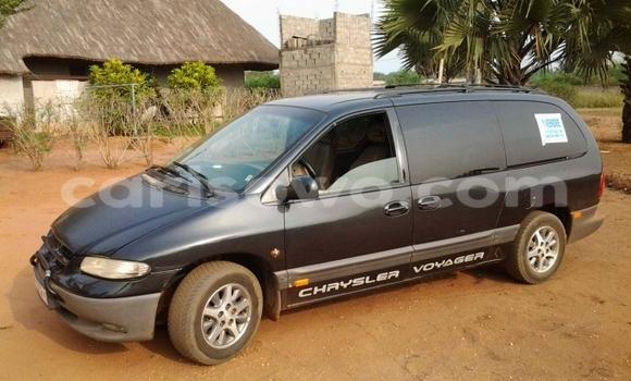 Acheter Occasion Voiture Chrysler Voyager Noir à Cotonou au Benin