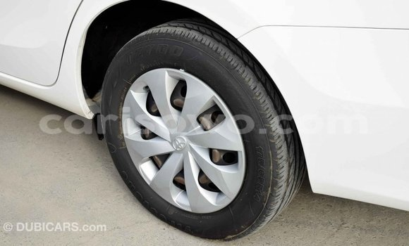 Acheter Importé Voiture Toyota Yaris Blanc à Import - Dubai, Benin