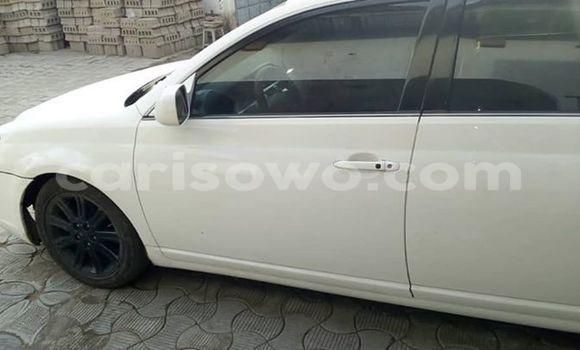 Acheter Occasion Voiture Toyota Avalon Blanc à Abomey Calavi, Benin
