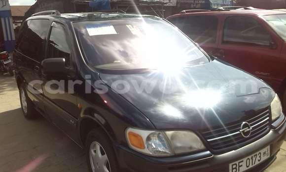 Acheter Occasions Voiture Opel Vectra Bleu à Cotonou au Benin