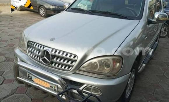 Acheter Occasion Voiture Mercedes-Benz ML–Class Gris à Cotonou, Benin